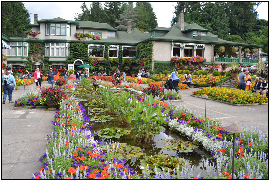 Amazing Italian Garden With Diningroom As Backdrop, Butchart Gardens, Vancouver  Island, BC,Canada, 2015.